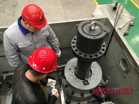 赢咖4技术员为芜湖某自动化装备进行液压扳手选型指导