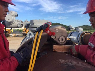 赢咖4扭矩扳手在中石油大兴安岭某输油站一次性成功